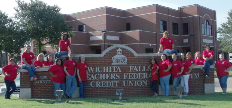 Top 4 Reasons to Have a Checking Account at WFTFCU